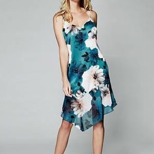 GUESS by Marciano Falling Floral Dress